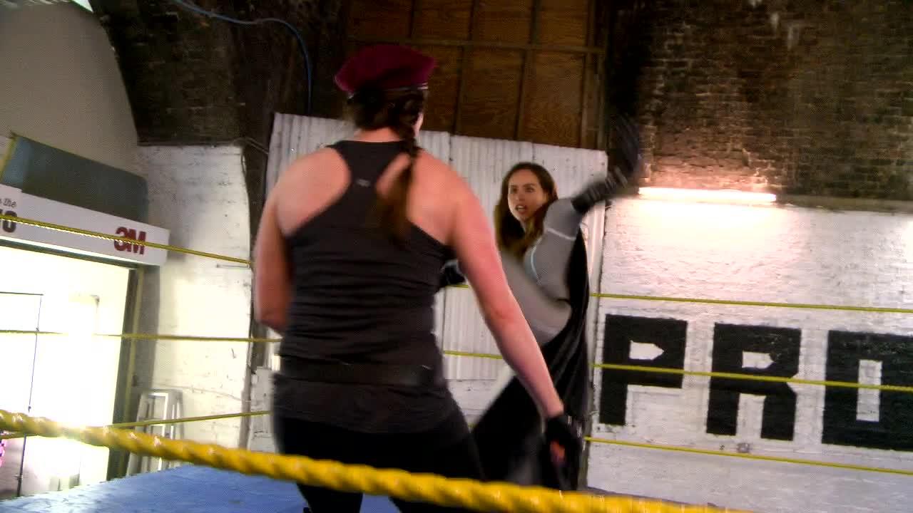 Erica v KO Queen – First Previews